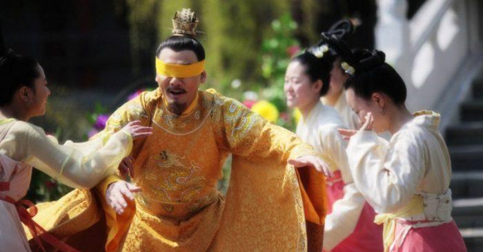 Hoàng đế còn có tam cung lục viện, phải chăng nam nhân có 3, 4 vợ cũng là chuyện thường?