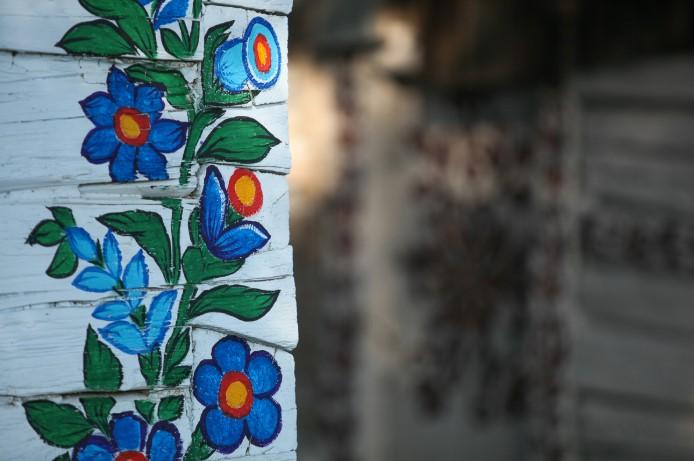 Zalipie - Ngôi làng rực rỡ sắc hoa ở Balan.7