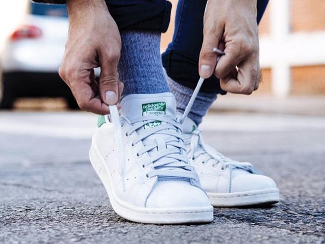 Tại sao dây giày hay bị tuột dù buộc chặt đến đâu? 1