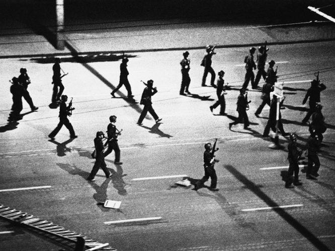 Hồi ức ám ảnh về thảm sát Thiên An Môn 1989 (P4): Giết người như bắn chim.1