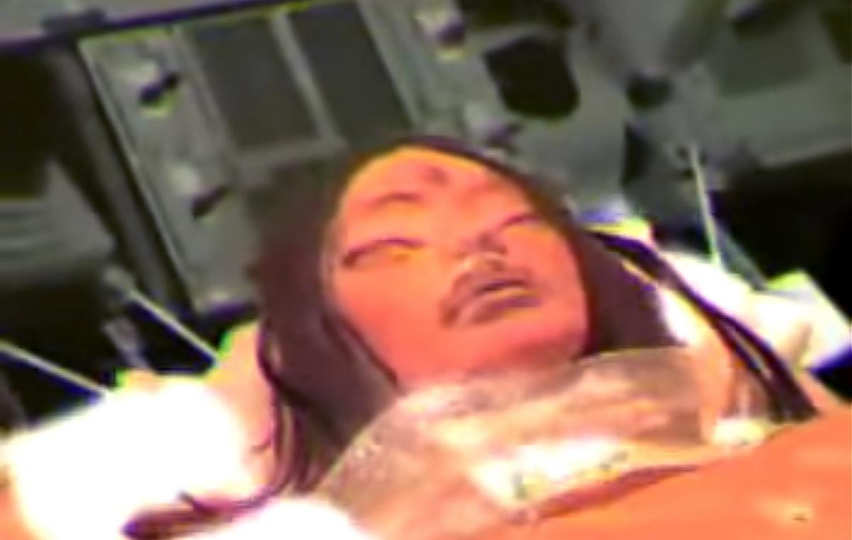Bí mật của Apollo 20: Phát hiện tàu vũ trụ khổng lồ và cô gái ngoài hành tinh trên Mặt trăng - ảnh 2
