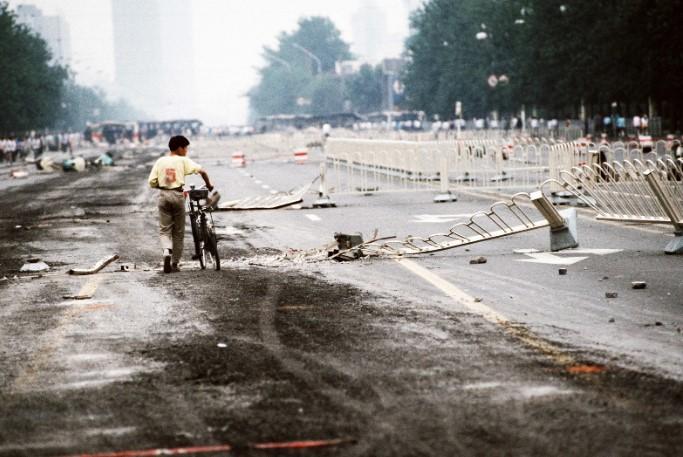 Cảnh tượng hoang tàn sau cuộc thảm sát trên quảng trường Thiên An Môn