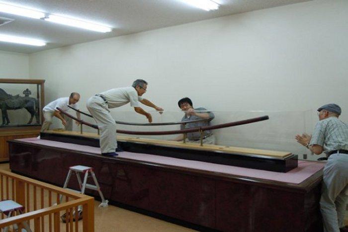 Chủ nhân của thanh kiếm Norimitsu Odachi dài gần 4m ở Nhật là người khổng lồ? - ảnh 2