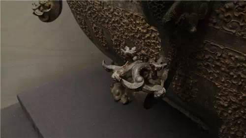 Băng giám - Tủ lạnh gần 2.500 năm tuổi kỹ thuật hiện đại cũng không phục chế được - ảnh 6