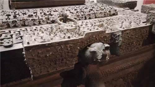 Băng giám - Tủ lạnh gần 2.500 năm tuổi kỹ thuật hiện đại cũng không phục chế được - ảnh 7