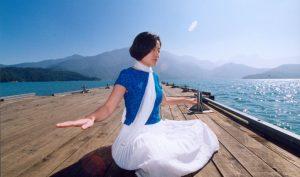Đời người rốt cuộc nên theo đuổi địa vị hay sự bình an?