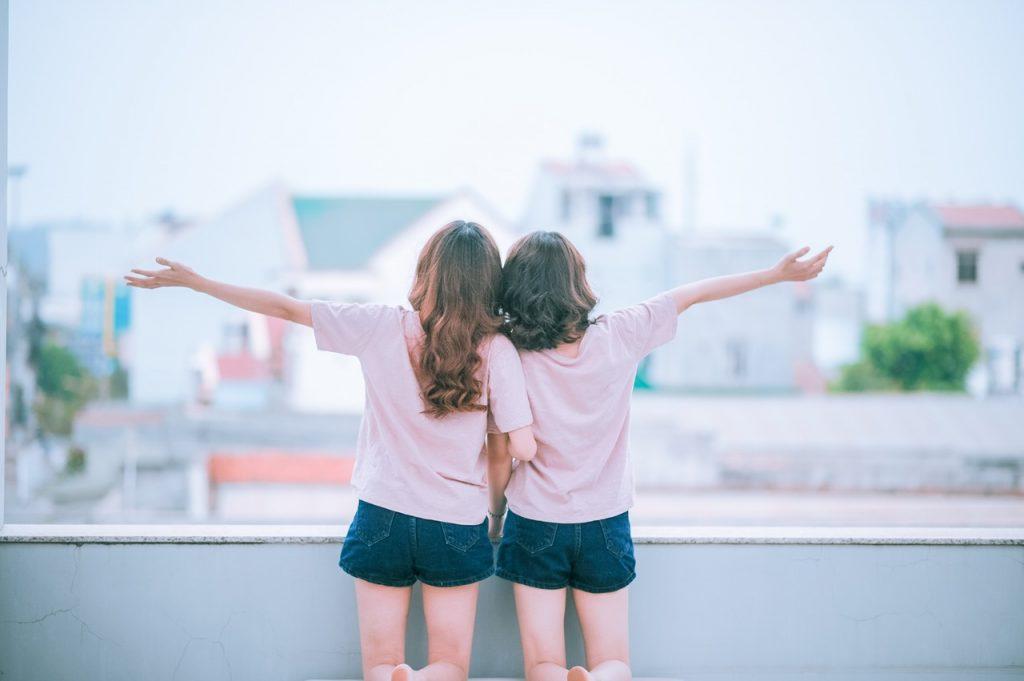 Tình bạn bình thản như ly nước trong, sau 50 năm vẫn chân thành như thuở ban đầu
