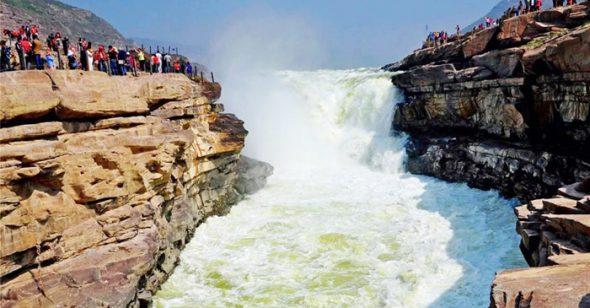 Nước sông Hoàng Hà từ đục biến thành trong, dự ngôn Thôi Bối Đồ đã ứng nghiệm?