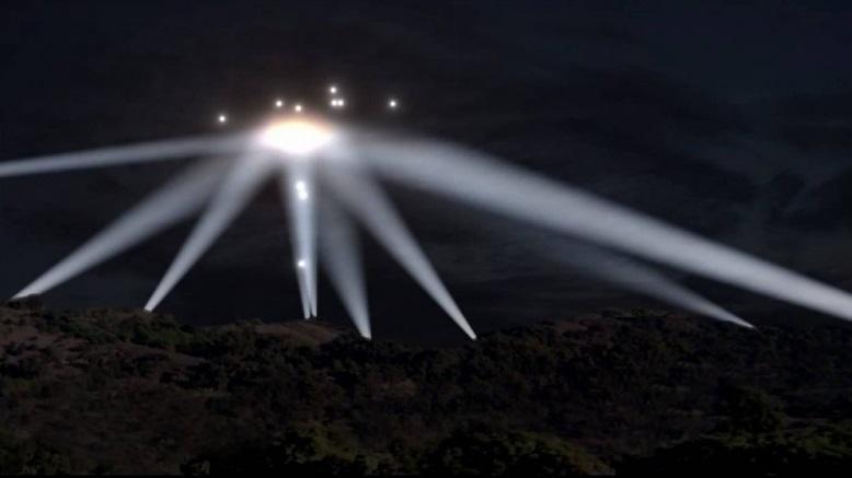 Video: UFO từng xuất hiện trong Thế chiến II ở Los Angeles? - ảnh 1