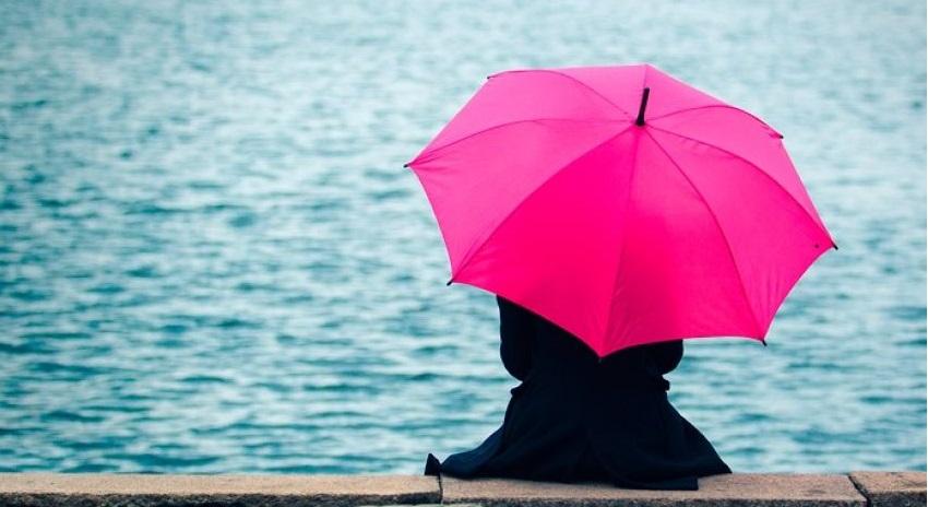 Cô đơn gây ảnh hưởng xấu đến cả sức khỏe thể chất lẫn tinh thần. (Ảnh: Okdiario)