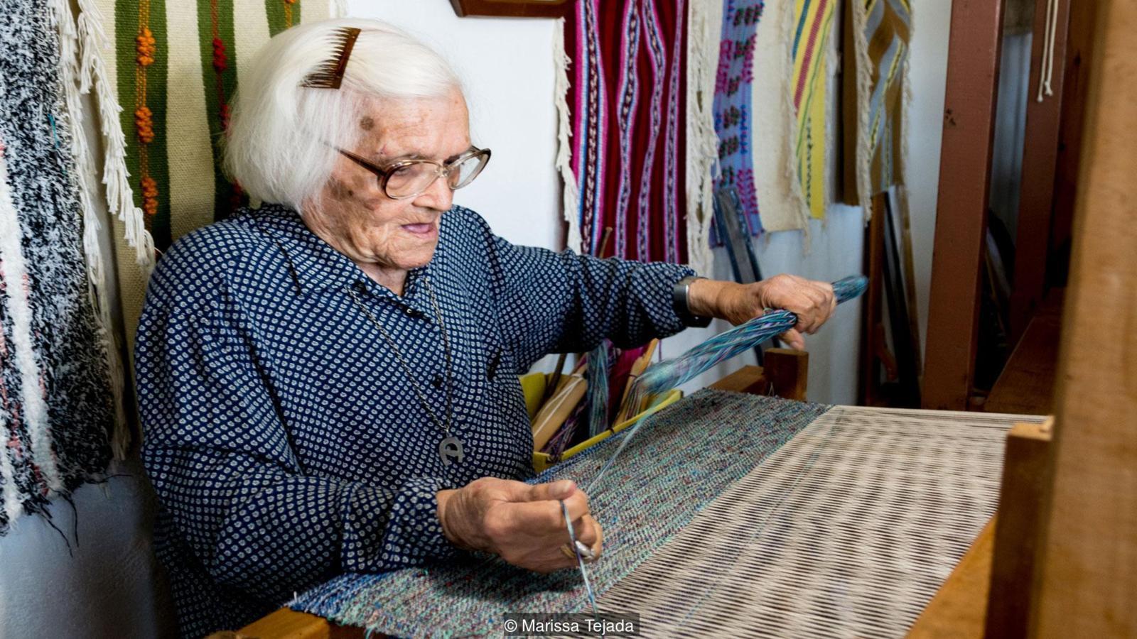 """Ngôi làng kỳ lạ cụ già 81 tuổi vẫn được coi là """"trẻ con"""" - ảnh 1"""