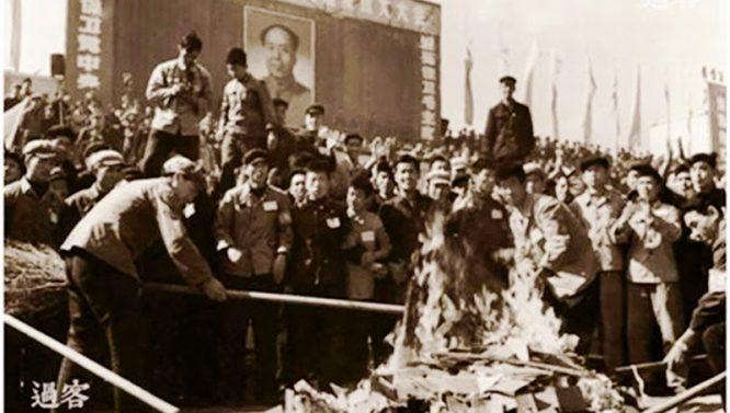 """Nhìn lại những cuộc """"cách mạng"""" hủy diệt văn hóa của Đức Quốc xã, Liên Xô và Trung Quốc - H1"""