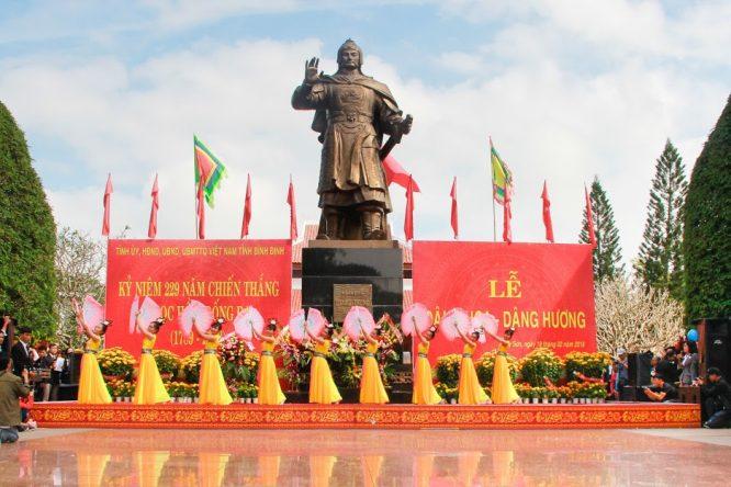 Đoàn Nghệ thuật Hồng Ân hâm nóng lễ hội Đống Đa – Tây Sơn Bình Định - H18