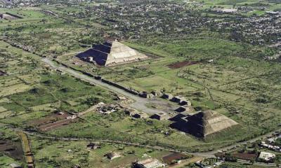 Toàn cảnh thành cổ Teotihuacan nhìn từ trên không. (Ảnh: pinterest)