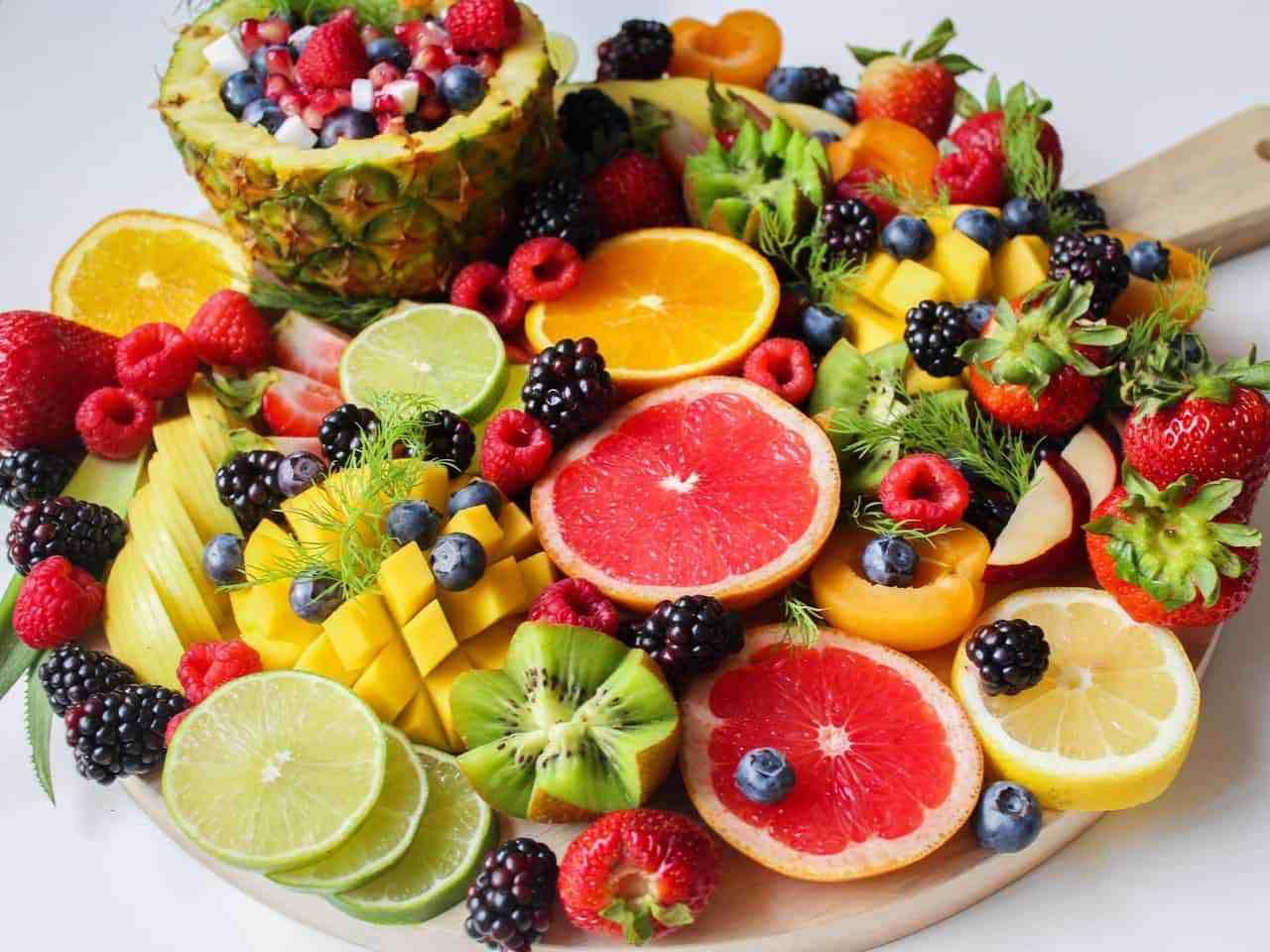 Ăn nhiều trái cây và rau xanh. (Ảnh qua sohu)