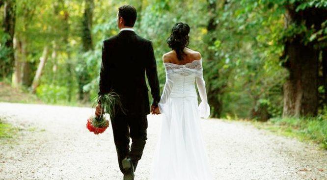Ghế phụ là vị trí độc quyền của vợ, đàn ông hiểu chuyện nhất định sẽ không quên.3