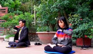 Cảm động người cha bôn ba tìm thuốc chữa bệnh cho con cuối cùng đắc được Phật Pháp