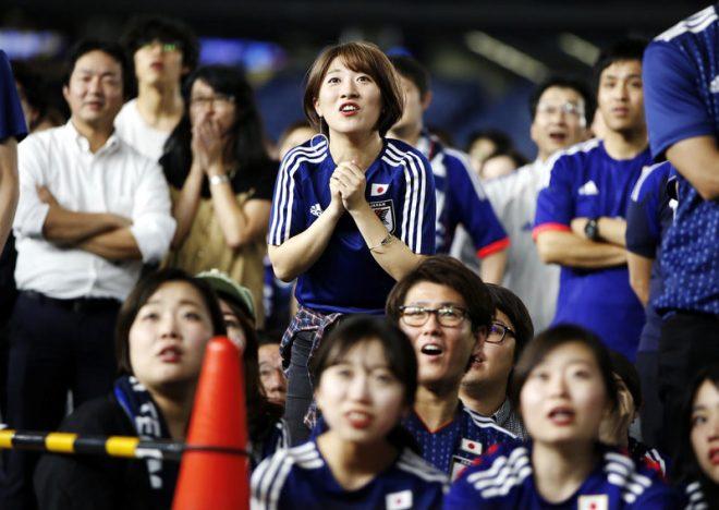 World Cup 2018: Hành động đẹp của cổ động viên Nhật Bản sau chiến tích lịch sử. 6