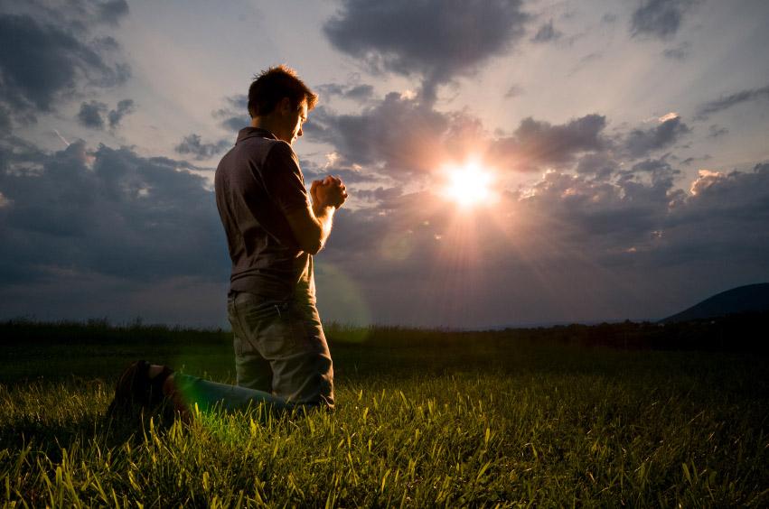 Nghiên cứu cho thấy: Người tín thần sống thọ hơn người vô thần - ảnh 1