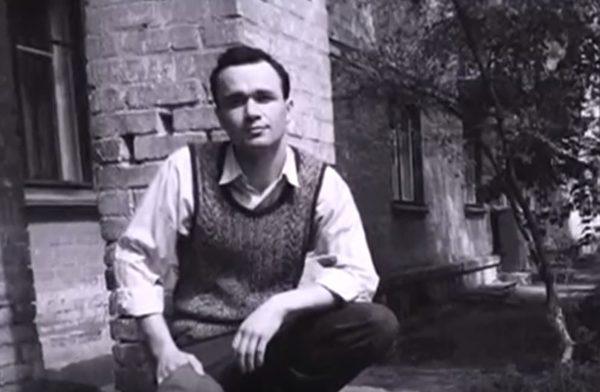 Thanh niên thời Liên Xô cũ du hành thời gian đến Ukraine gây chấn động thế giới - sergey