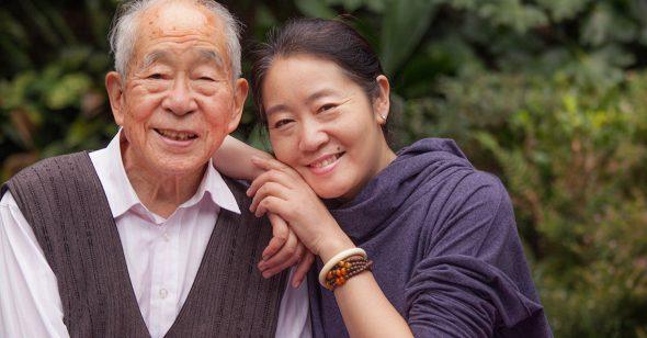 Vì sao người trên 50 tuổi lại già yếu? Sự nguy hiểm của việc phóng túng dục vọng