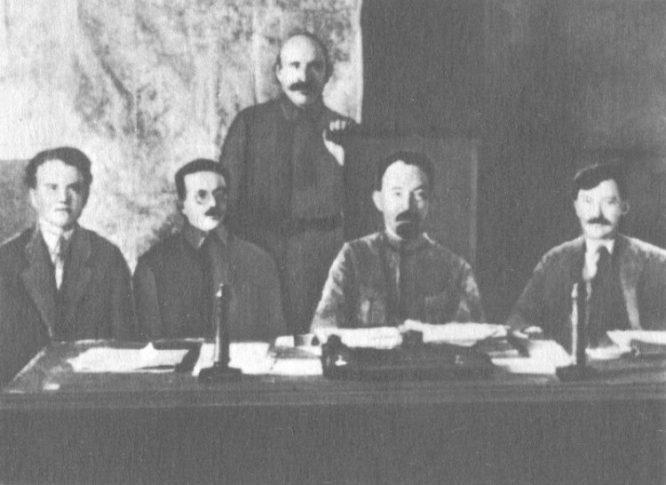 Kiện tướng cờ vua thoát chết hy hữu trong Cách mạng Bolshevik.5