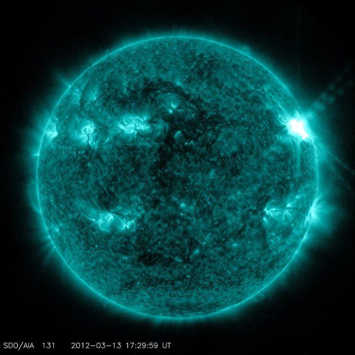 Những điều thú vị có thể bạn chưa biết về Mặt Trời.9