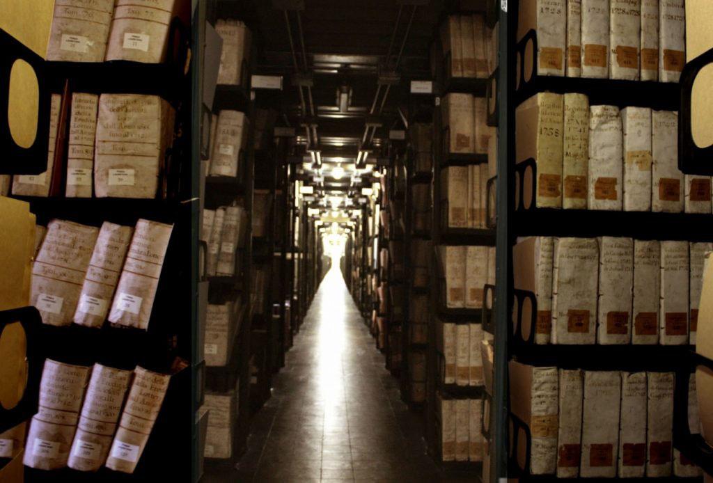 Văn khố của Vatican: Nơi bí ẩn và cấm kị nhất hành tinh - ảnh 3