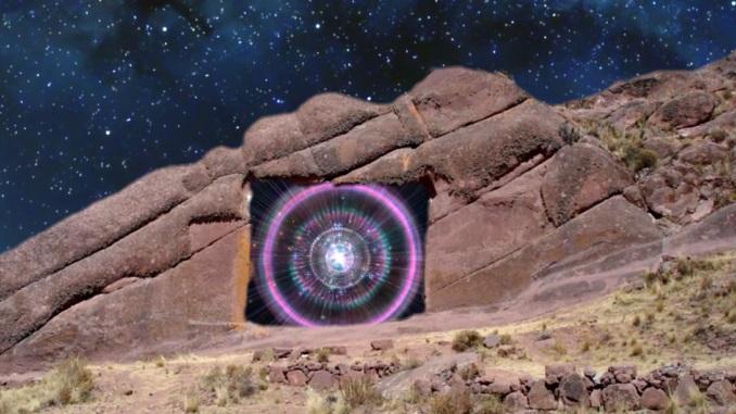 """Hayu Marca - """"Cánh cổng của các vị thần"""" hay cánh cổng của người ngoài hành tinh?"""