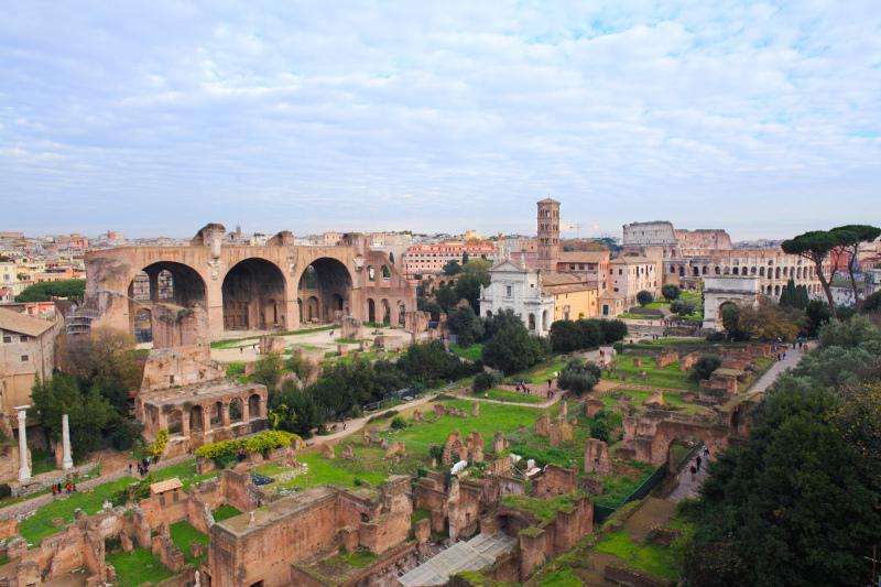 Khi nói đến những con đường của La Mã cổ đại, hãy nghĩ đến tàu điện ngầm. 4