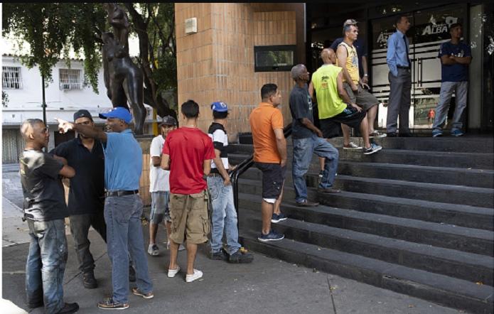 """Sau đổi tiền, đất nước Venezuela rơi vào tình trạng """"tê liệt"""".2"""