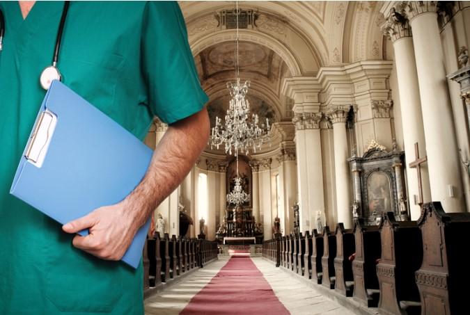 74% bác sĩ tin vào phép lạ, 55% đã từng gặp điều đó.2