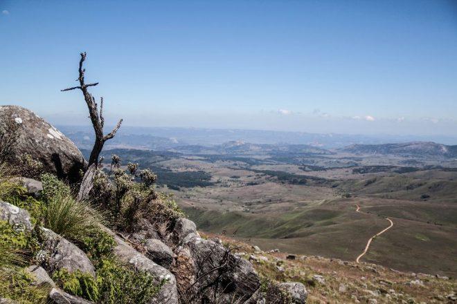 """Bí ẩn ngọn núi """"nuốt người"""" ở Châu Phi - H2"""