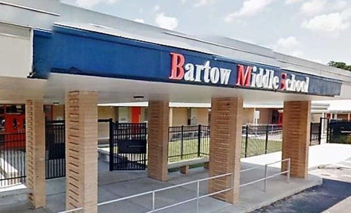 Trường trung học cơ sở Bartow,nơi xảy ra sự việc. (Ảnh:La Voz de San Luis)