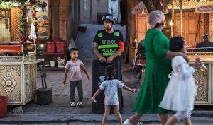 """Leo thang vi phạm nhân quyền: ĐCSTQ cưỡng bức trẻ em vào """"trại mồ côi"""""""