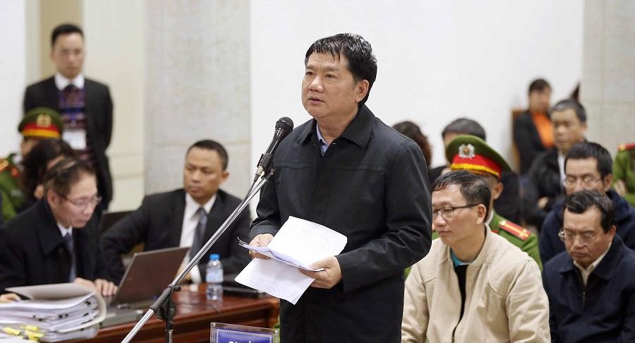 Ông Đinh La Thăng trong phiên tòa xét xử vụ PVN góp vốn vào Oceanbank