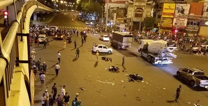 Đã bắt và khởi tố bà Nguyễn Thị Nga, người lái xe BMW gây tai nạn khuya 21/10.