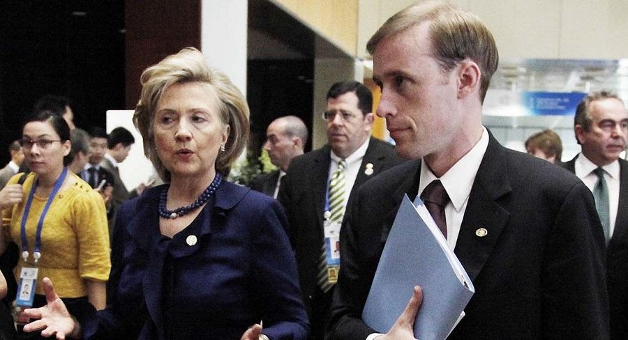 Cựu Ngoại trưởng Jake Sullivan và bà Clinton