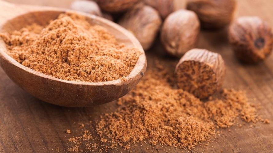 Người dân ở Indonesia đã biết dùng gia vị nhục đậu khấu trong chế biến thức ăn từ hàng ngàn năm trước