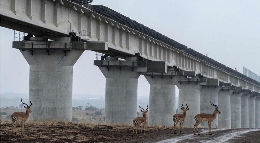 """3 người Trung Quốc bị truy tố vì liên quan đến hối lộ dự án """"Vành đai và Con đường"""". Ảnh 1"""