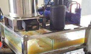 Máy làm đá tuyết từ nước biển được chế tạo thành công tại Việt Nam