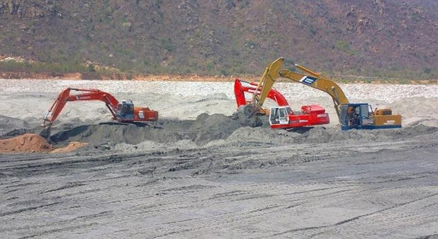 Hàng triệu tấn tro xỉ nhiệt điện Vĩnh Tân khó tiêu thụ vì chất lượng kém. Ảnh 1