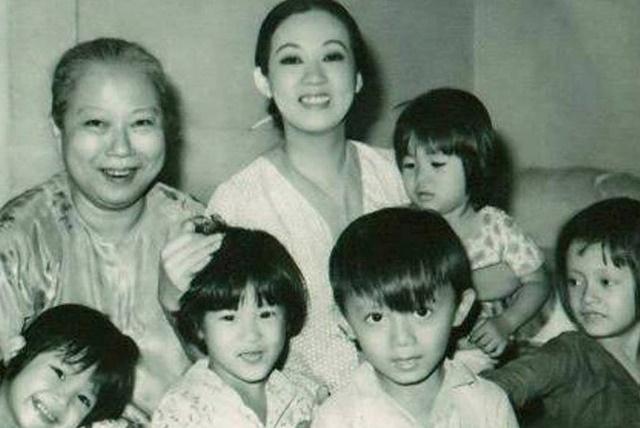 Gia đình nghệ sĩ Thanh Nga - Ảnh: Tư liệu GĐ