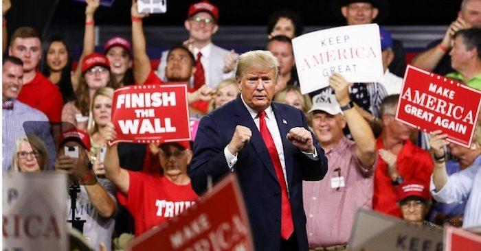 Tổng thống Mỹ Donald Trump trong một cuộc mít tinh tại Johnson City, Tenn ngày 1/10/2018. (Ảnh: Charlotte Cuthbertson/ Đại Kỷ Nguyên tiếng Anh)