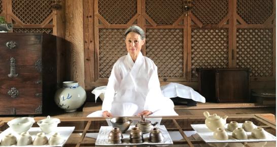 Chủ nhân ngôi nhà cổ đẹp nhất Hàn Quốc: Chân Thiện Nhẫn mới là giá trị thực sự nên theo đuổi