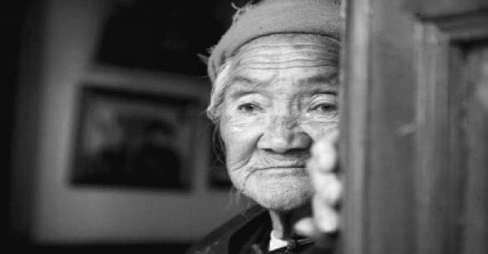 Người già sợ nhất là cô đơn. (Ảnh: Internet)