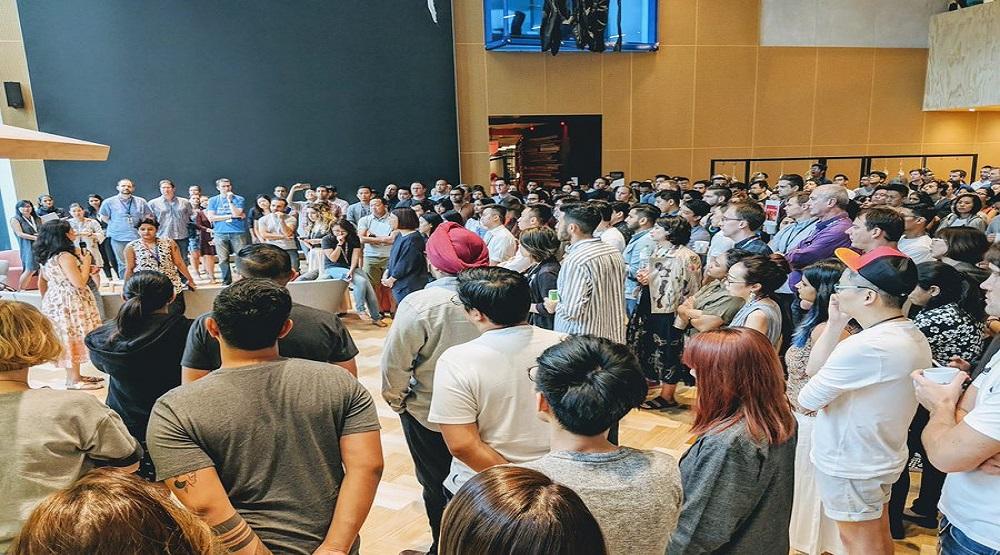 """Các nhân viên của Google tham gia hoạt động """"Google Walkout"""" tại văn phòng ở Sinagpore hôm 1-11(Nguồn: Internet)"""