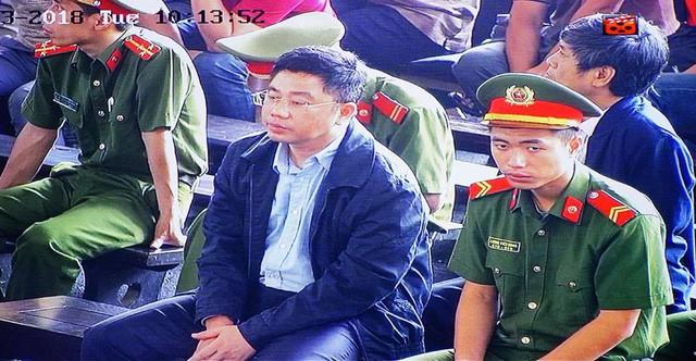 Nguyễn Văn Dương tại phiên tòaNguyễn Văn Dương tại phiên tòa