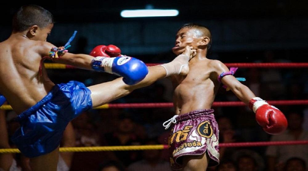 Các võ sĩ thi đấu khi tuổi đời còn nhỏ. (Nguồn: Internet)