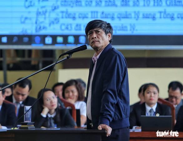 Bị cáo Nguyễn Thanh Hóa khi ra hầu tòa.